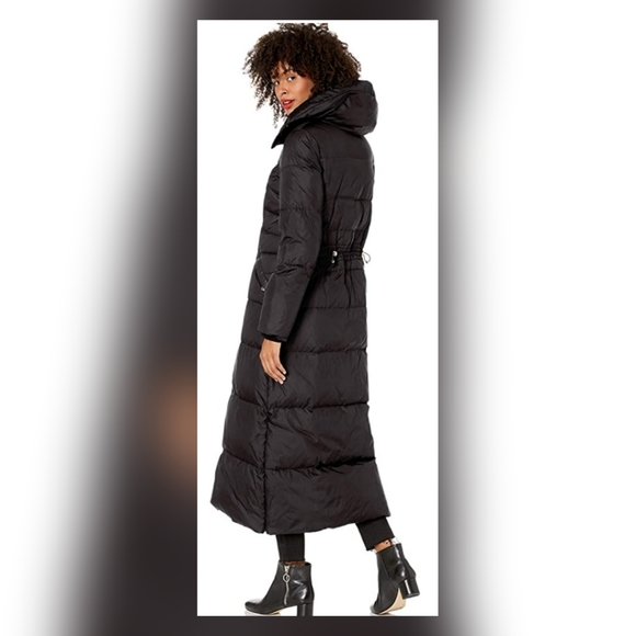 Cole Haan Jackets & Blazers - Cole Haan women stand collar essential down coat.